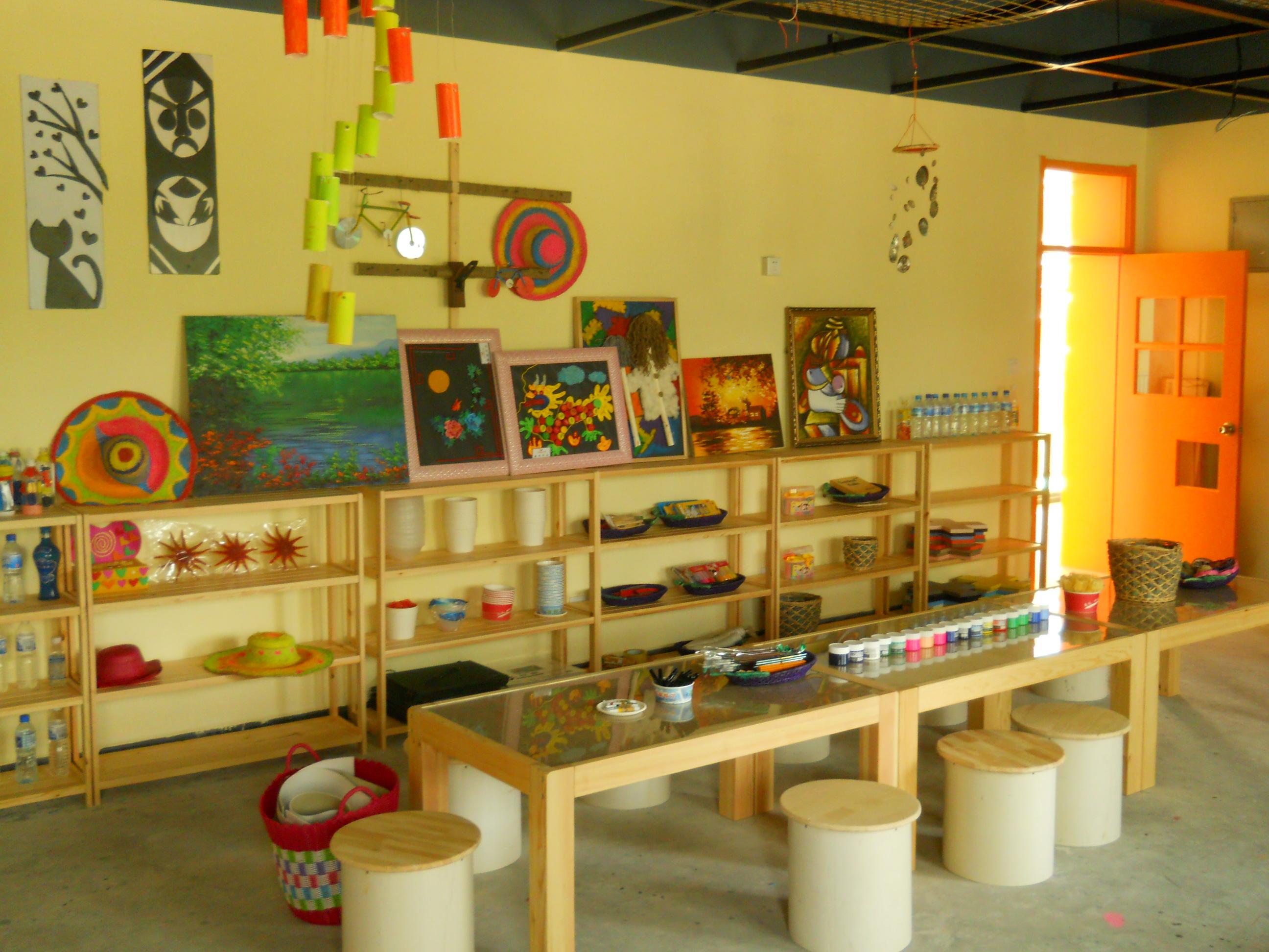 美术教室布置方案图片 幼儿园教室布置,布置幼儿园教室墙面高清图片