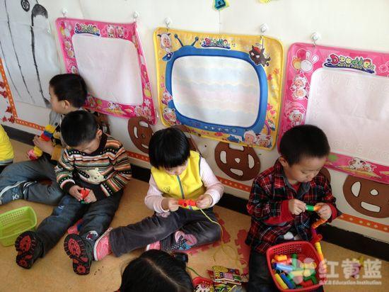 北京红黄蓝回龙观幼儿园-国际小班