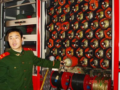 中大班幼儿参观右安门消防中队体验活动