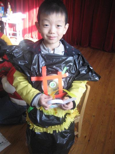 大班幼儿环保服装服饰畅想制作会