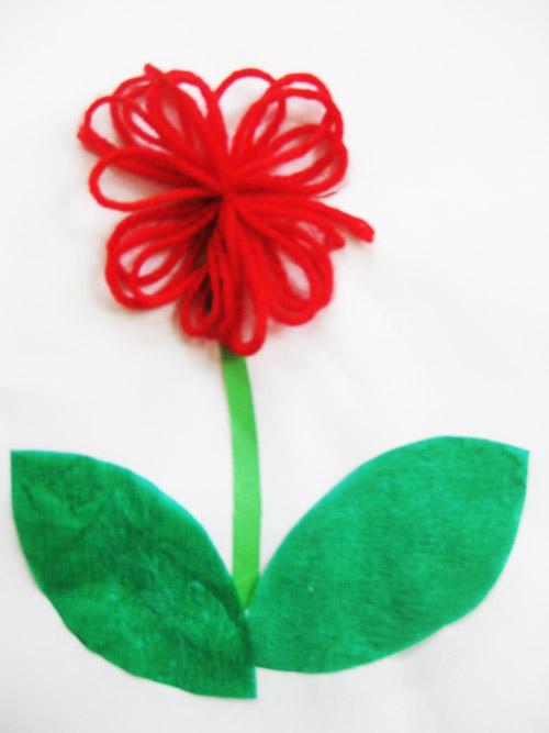 毛线粘画——漂亮的小花