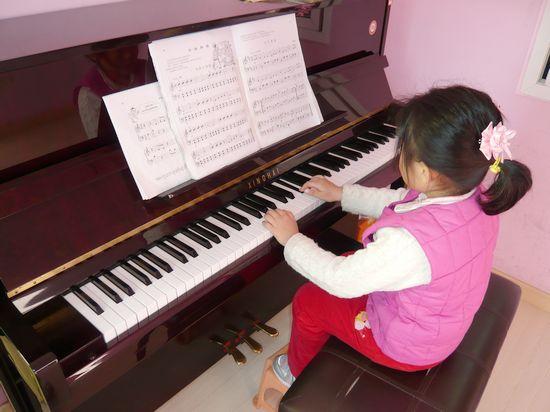 幼儿园发声练习谱子