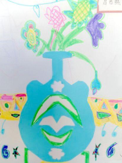 剪纸花瓶 _ 红黄蓝|早教|早教中心