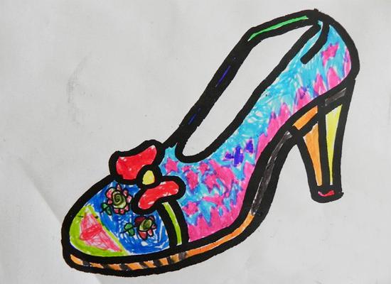 我为妈妈画鞋子 _ 红黄蓝|早教|早教中心