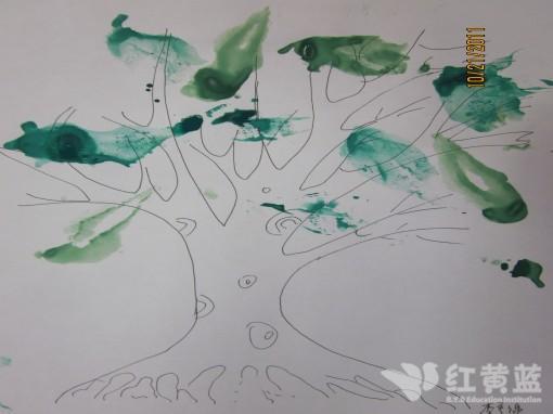 作品《印画树叶》 _ 红黄蓝|早教|早教中心
