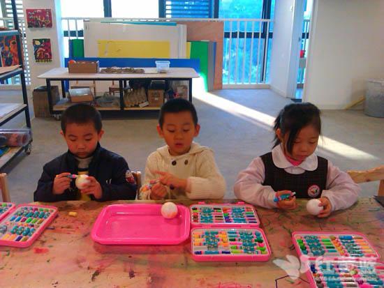 美术课堂 _ 红黄蓝|早教|早教中心
