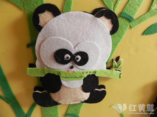 小熊猫吃竹子; 大熊猫吃竹子画;