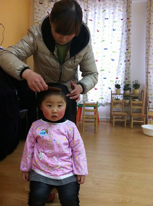 儿童梳头发型图片展示下载;