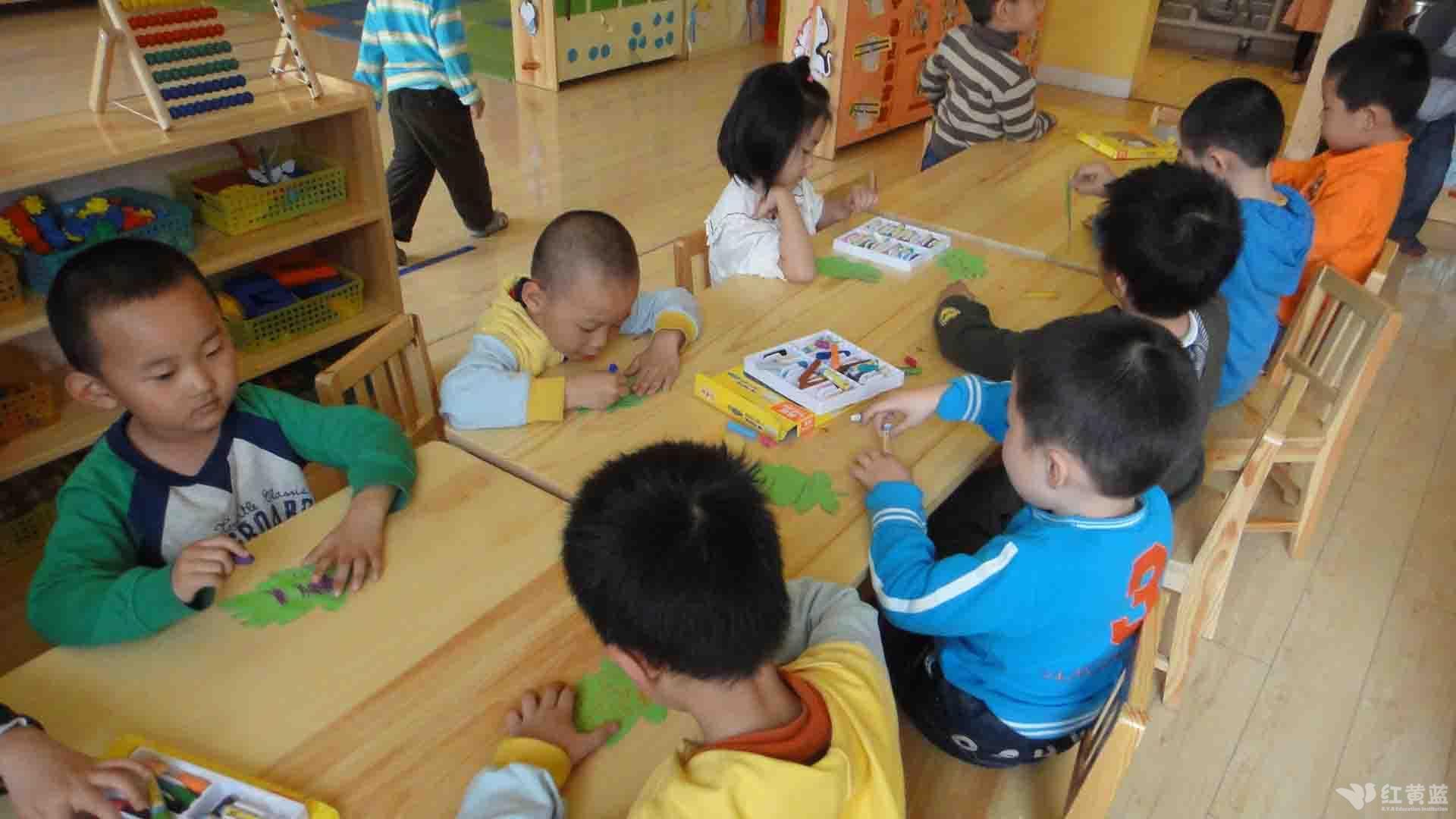 童绘中国梦画画作品