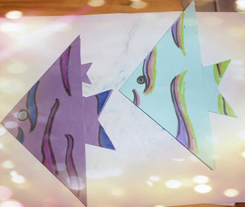 折纸鱼图片