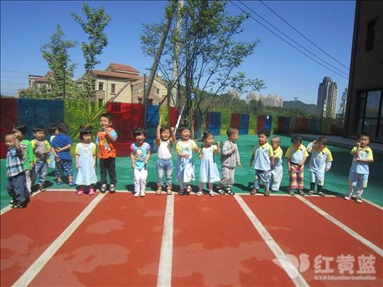 儿童运动会跑步绘画图片大全
