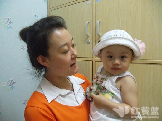 张瑞萱和丹丹老师图片