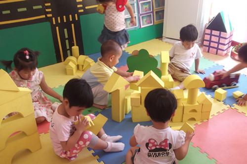 幼儿园区域活动 _ 红黄蓝|早教|早教中心