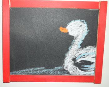 小鸭子,真可爱,白白的绒毛水中游