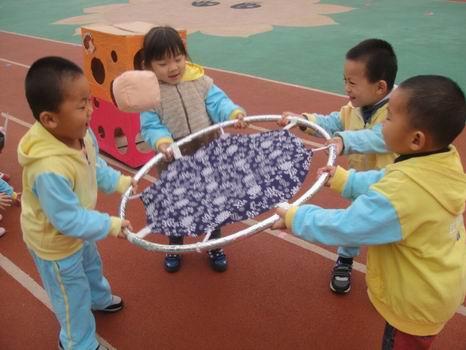 幼儿园户外自制玩具