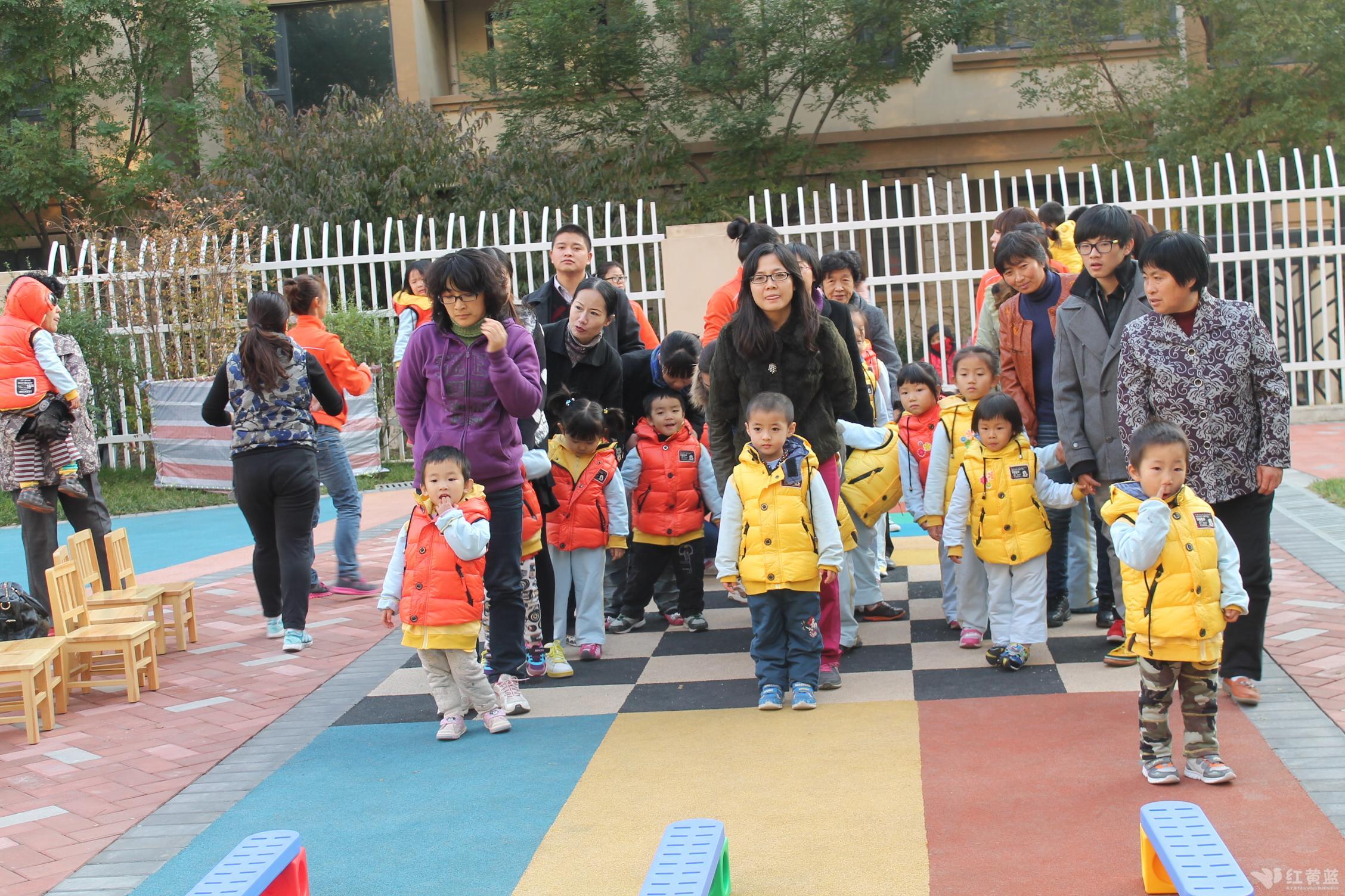 幼儿园冬季运动会 _ 红黄蓝|早教|早教中心