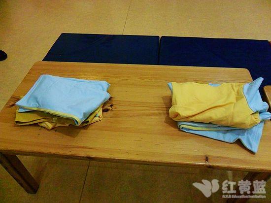 我会叠衣服 _ 红黄蓝|早教|早教中心
