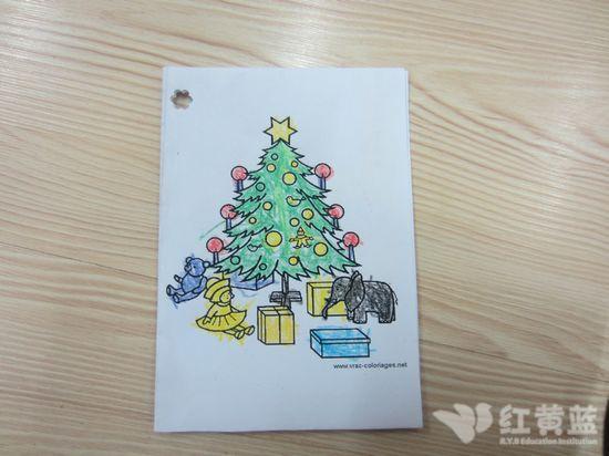圣诞树下的礼物真多&nbsp