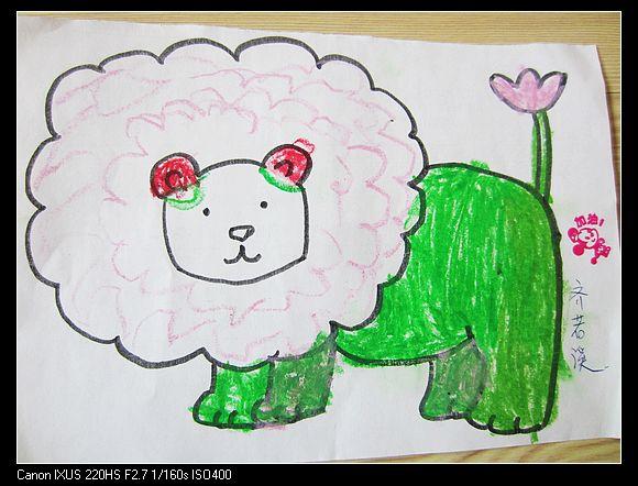 小朋友们帮忙,给他们设计一下头发,穿上漂亮的小衣服,让幼儿锻高清图片