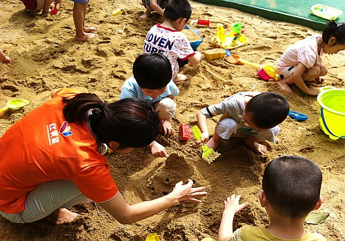 儿童沙地游玩区