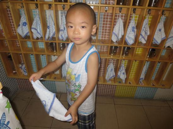幼儿园生活---包包成长记