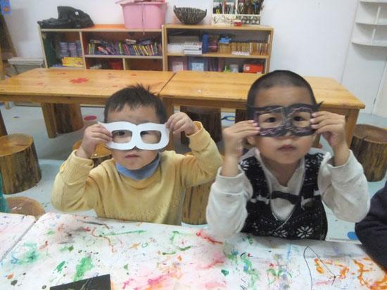 美术特色课 _ 红黄蓝|早教|早教中心图片