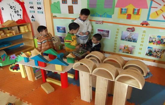 幼儿园搭建材料
