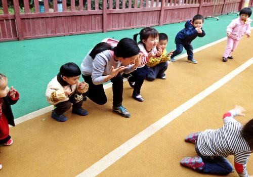 模仿小动物 _ 红黄蓝|早教|早教中心