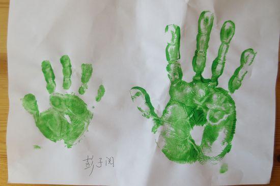 亲子手印画 _ 红黄蓝|早教|早教中心图片