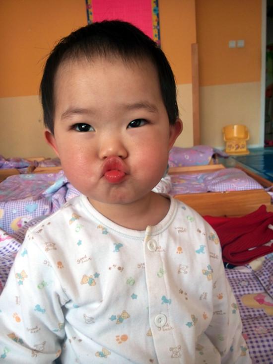 可爱的宝宝秀 _ 红黄蓝|早教|早教中心_中国儿童教育