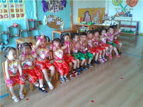 六一后台准备 _ 红黄蓝|早教|早教中心