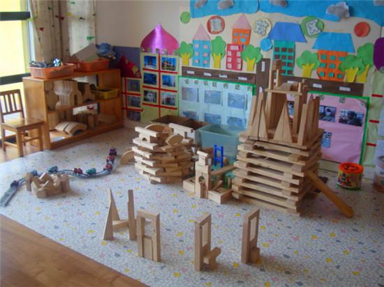 幼儿园积木搭建小树屋图片大全