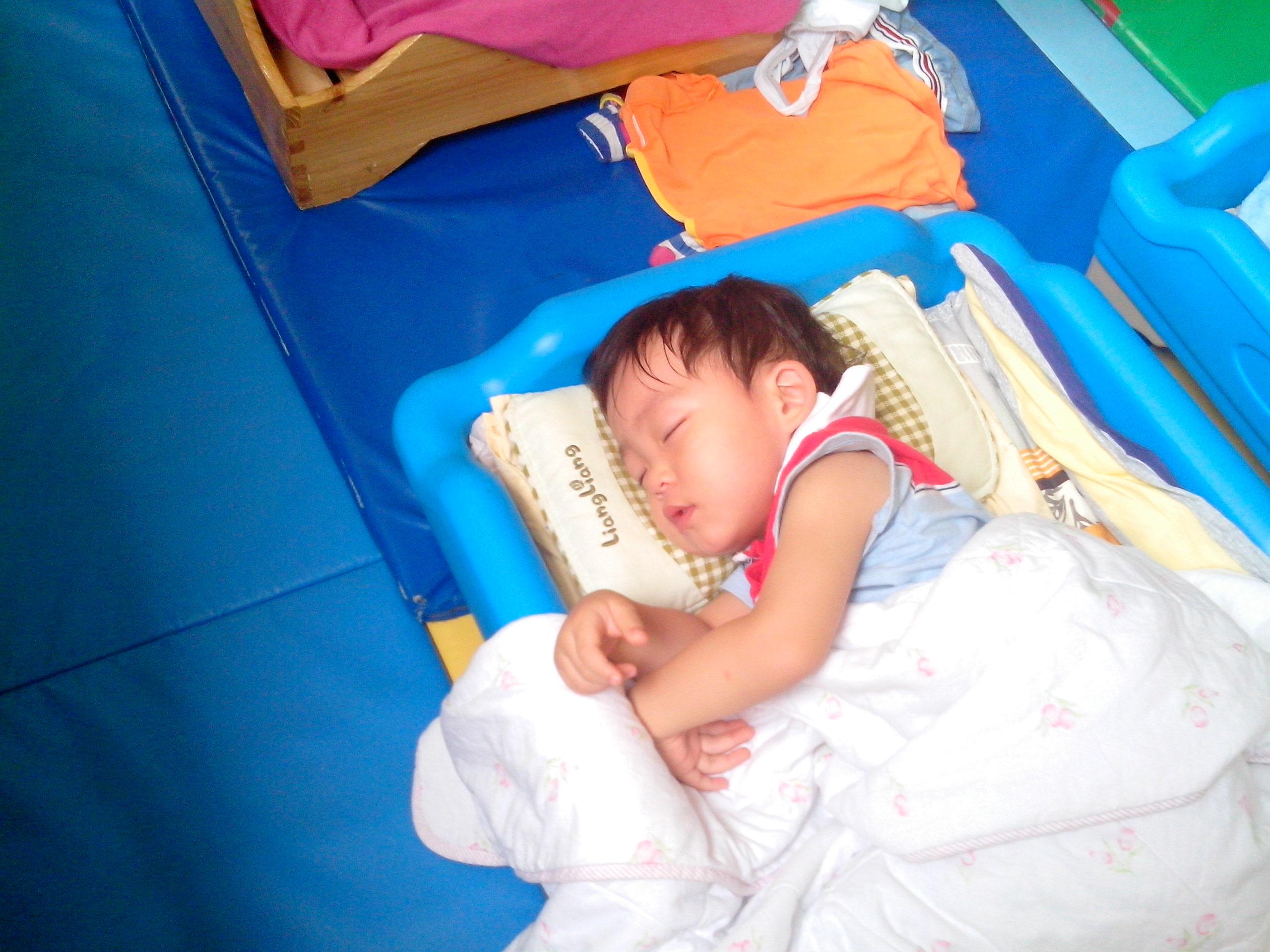 午睡时间 _ 红黄蓝|早教|早教中心
