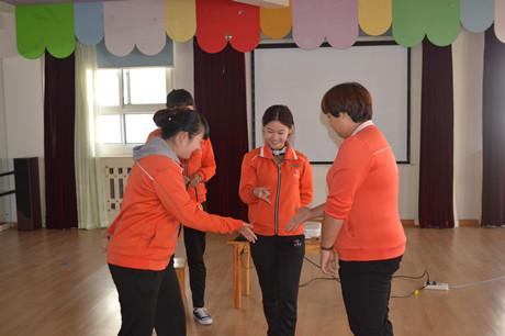 青岛红黄蓝万福幼儿园——英语教研活动