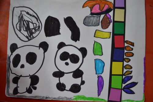 欣格你的竹子叶子呢?画的有点小了小熊猫找不到了