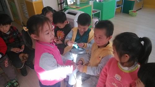 可爱的橡皮 _ 红黄蓝|早教|早教中心