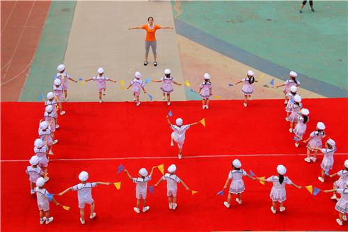 8:精彩的队列队形展示完图片