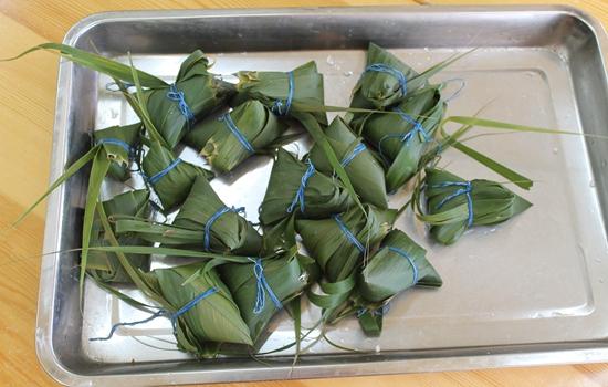 端午节包粽子咯 _ 红黄蓝|早教|早教中心